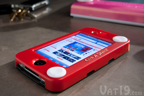Etch-a-Sketch iPhone 4 Case on a table.