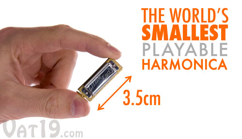 Little Lady Mini Harmonica is only 3.5cm across.
