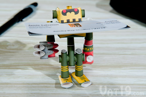 Piperoids Papercraft Robots are certainly the coolest business card holder ever.