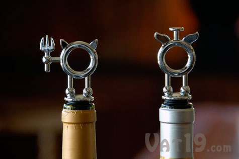 Saint & Sinner Wine Stopper Set