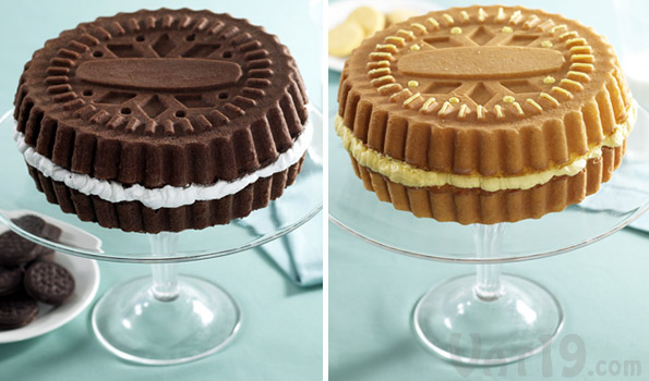 Create a larger-than-life creme-filled wafer cake.