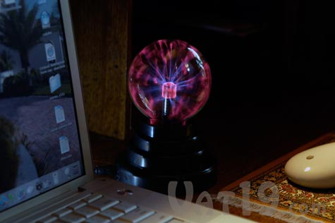 USB Plasma Ball at your computer