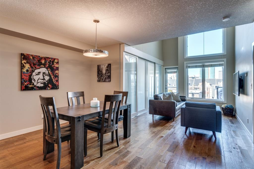 Lower Mount Royal Apartment for sale:  2 bedroom 936.66 sq.ft. (Listed 2020-07-23)