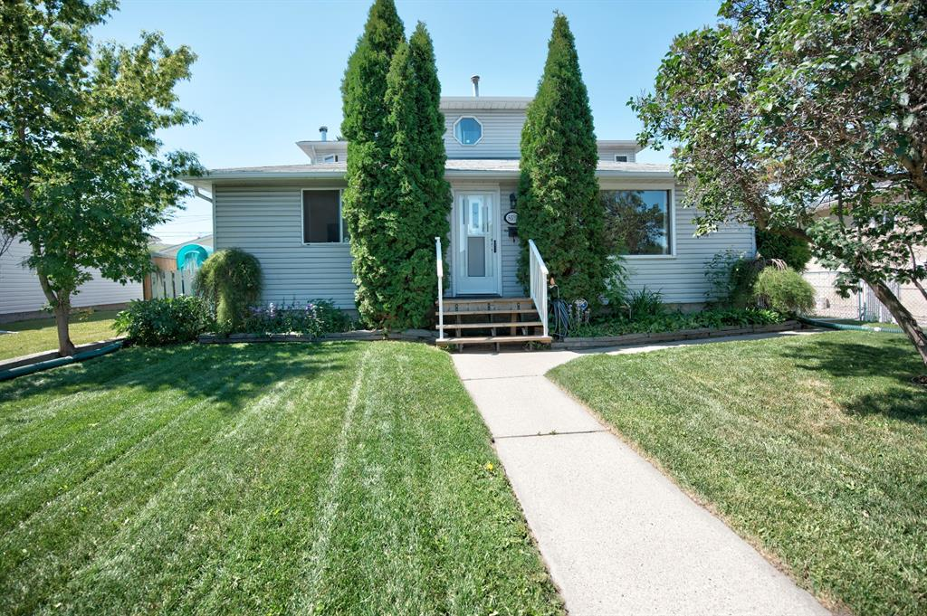 Bowness Detached for sale:  5 bedroom 2,151 sq.ft. (Listed 2020-07-29)