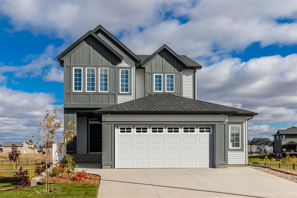 Montrose Detached for sale:  3 bedroom 1,832 sq.ft. (Listed 2020-10-05)