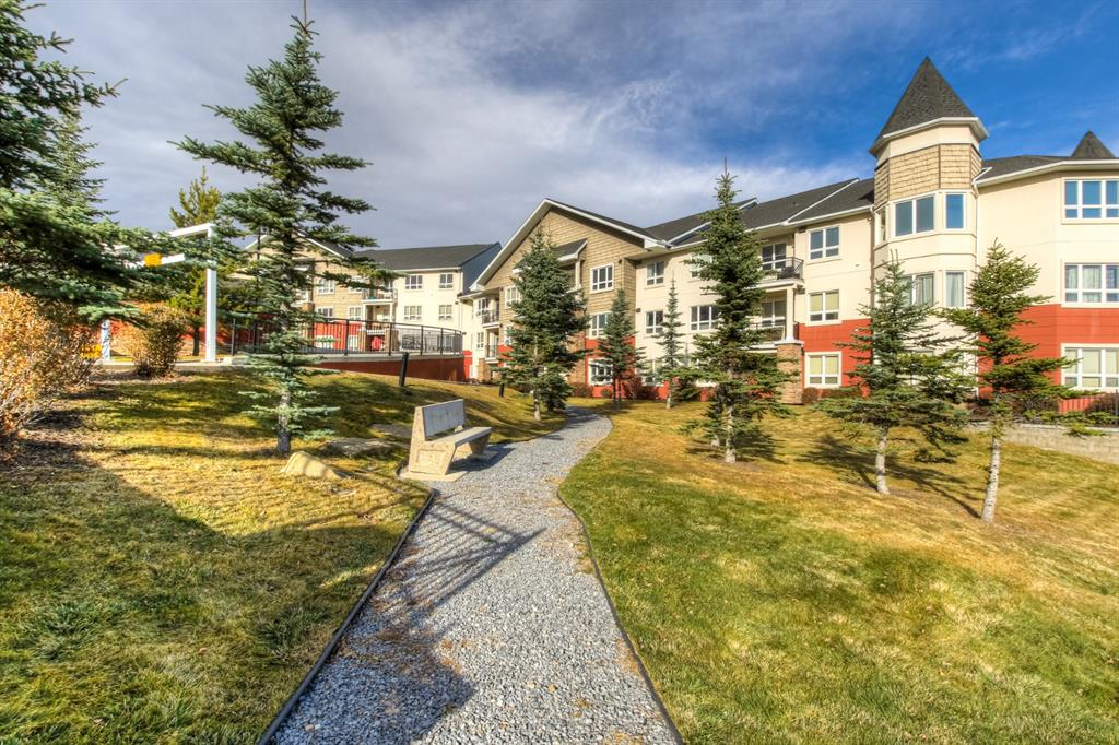 Springbank Hill Apartment for sale:  2 bedroom 852 sq.ft. (Listed 2020-11-04)