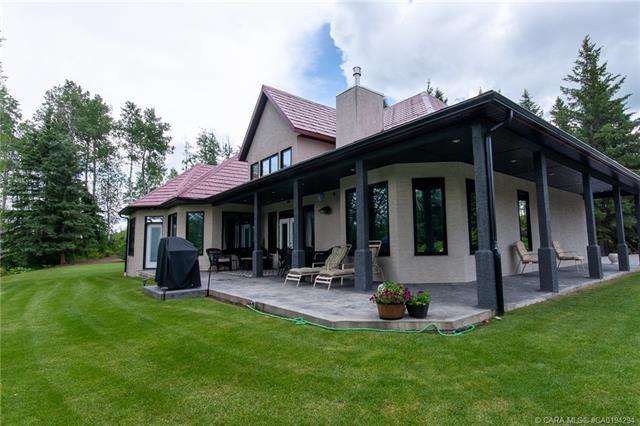 Cougar Ridge Detached for sale:  3 bedroom 2,643 sq.ft. (Listed 2020-11-16)