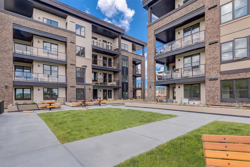 Greenwood/Greenbriar Apartment for sale:  1 bedroom 506.50 sq.ft. (Listed 2020-12-04)