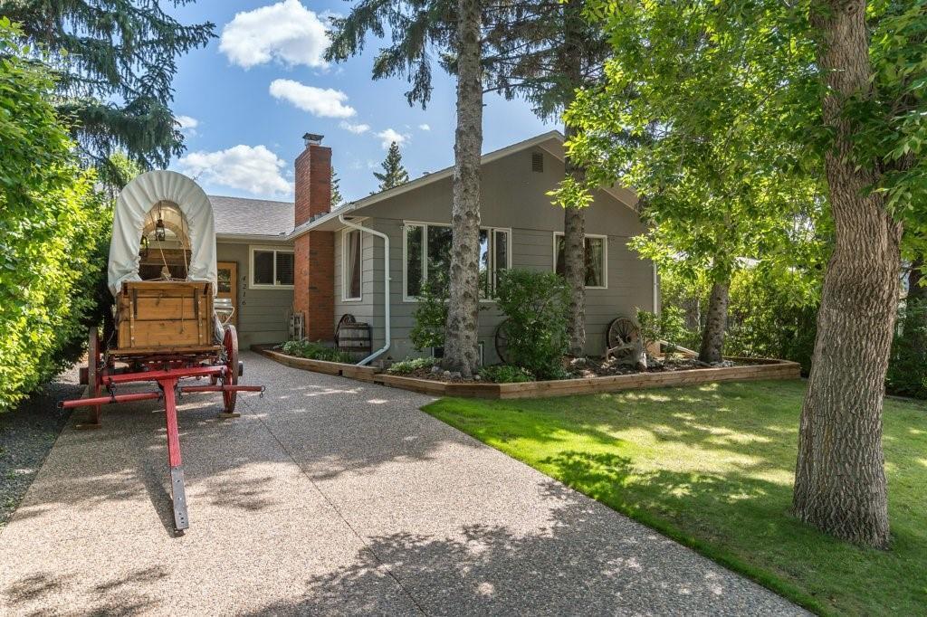 Charleswood Detached for sale:  5 bedroom 1,158 sq.ft. (Listed 2020-12-18)