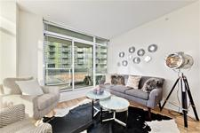 Brentwood Apartment for sale:  2 bedroom 647.99 sq.ft. (Listed 2021-01-16)
