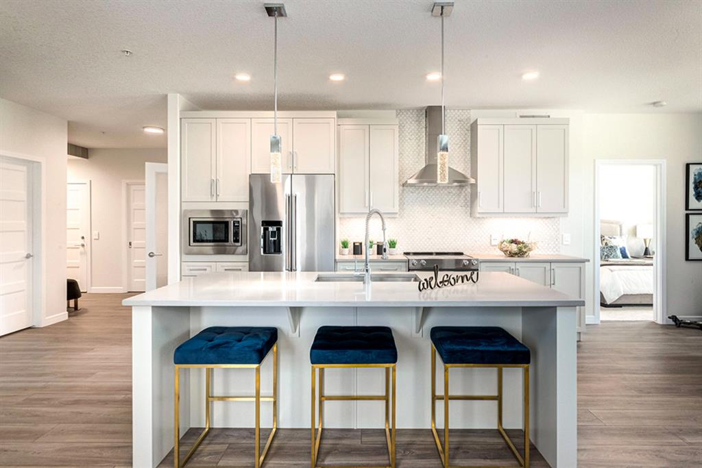Aspen Woods Apartment for sale:  3 bedroom 1,410 sq.ft. (Listed 2021-02-05)