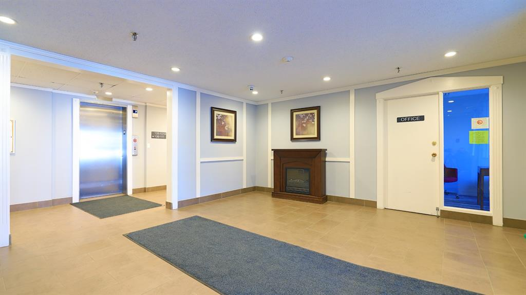 Sunalta Apartment for sale:  2 bedroom 849 sq.ft. (Listed 2021-02-06)
