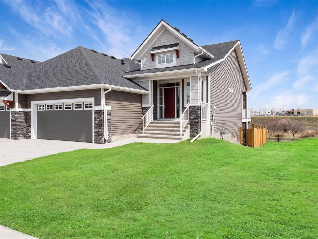 Montrose Semi Detached for sale:  2 bedroom 1,336 sq.ft. (Listed 2021-03-02)