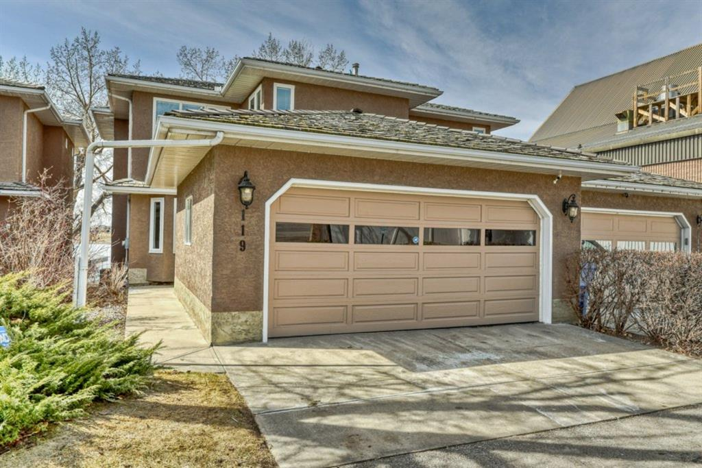 East Chestermere Semi Detached for sale:  3 bedroom 1,862.60 sq.ft. (Listed 2021-04-07)