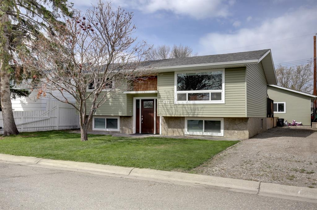 Southeast Central High River Detached for sale:  3 bedroom 805.99 sq.ft. (Listed 2021-05-14)