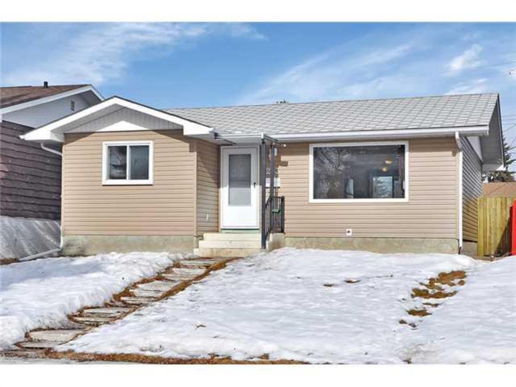 Marlborough Detached for sale:  5 bedroom 956 sq.ft. (Listed 2021-04-02)