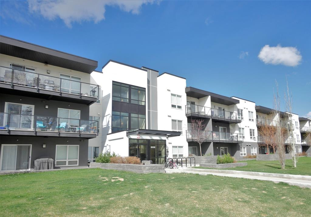 Midnapore Apartment for sale:  2 bedroom 695 sq.ft. (Listed 2021-05-20)