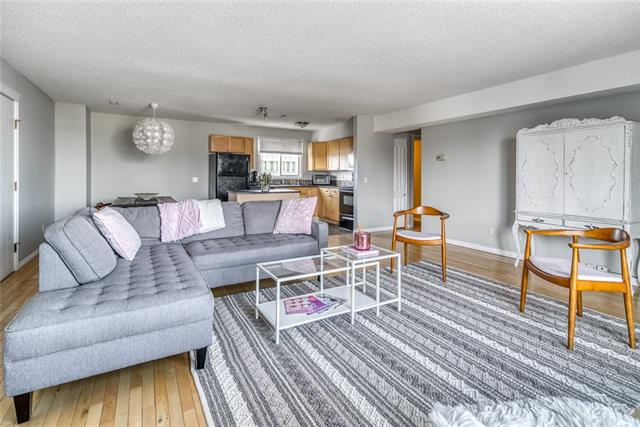 St Andrews Heights Condo for sale:  2 bedroom 1,040 sq.ft. (Listed 2020-03-11)