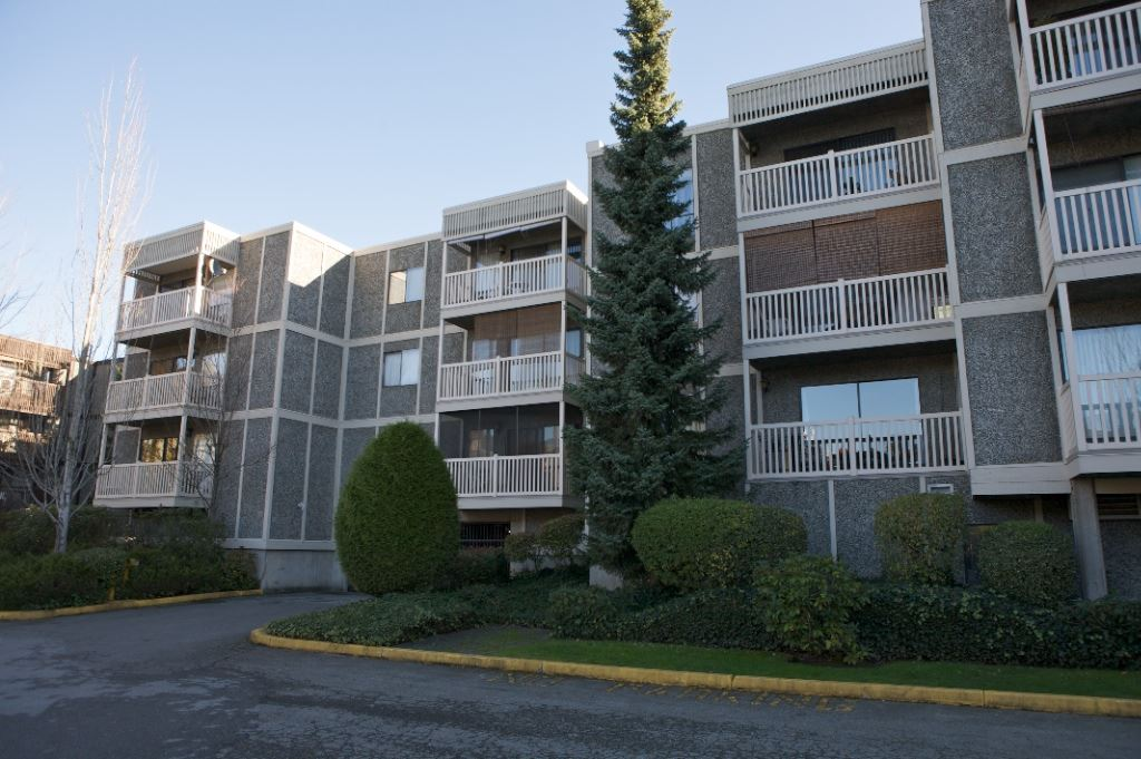 Queen Mary Park Surrey Apartment/Condo for sale:  2 bedroom 1,023 sq.ft. (Listed 2020-05-04)