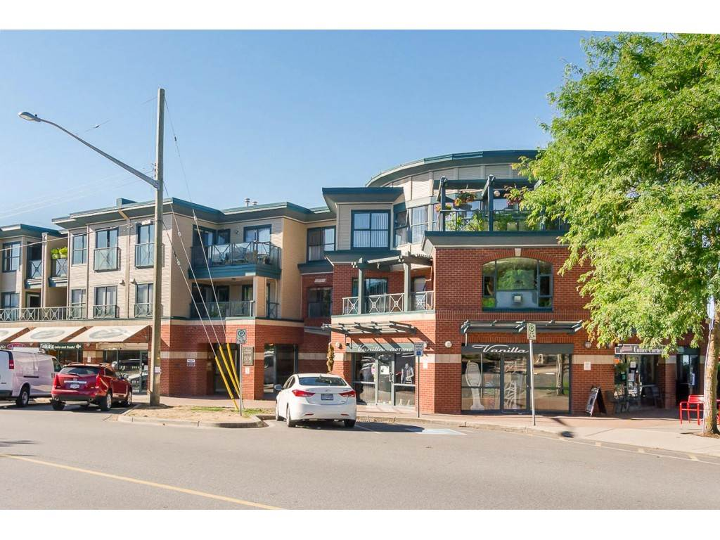 White Rock Apartment/Condo for sale:  2 bedroom 1,323 sq.ft. (Listed 2020-04-15)