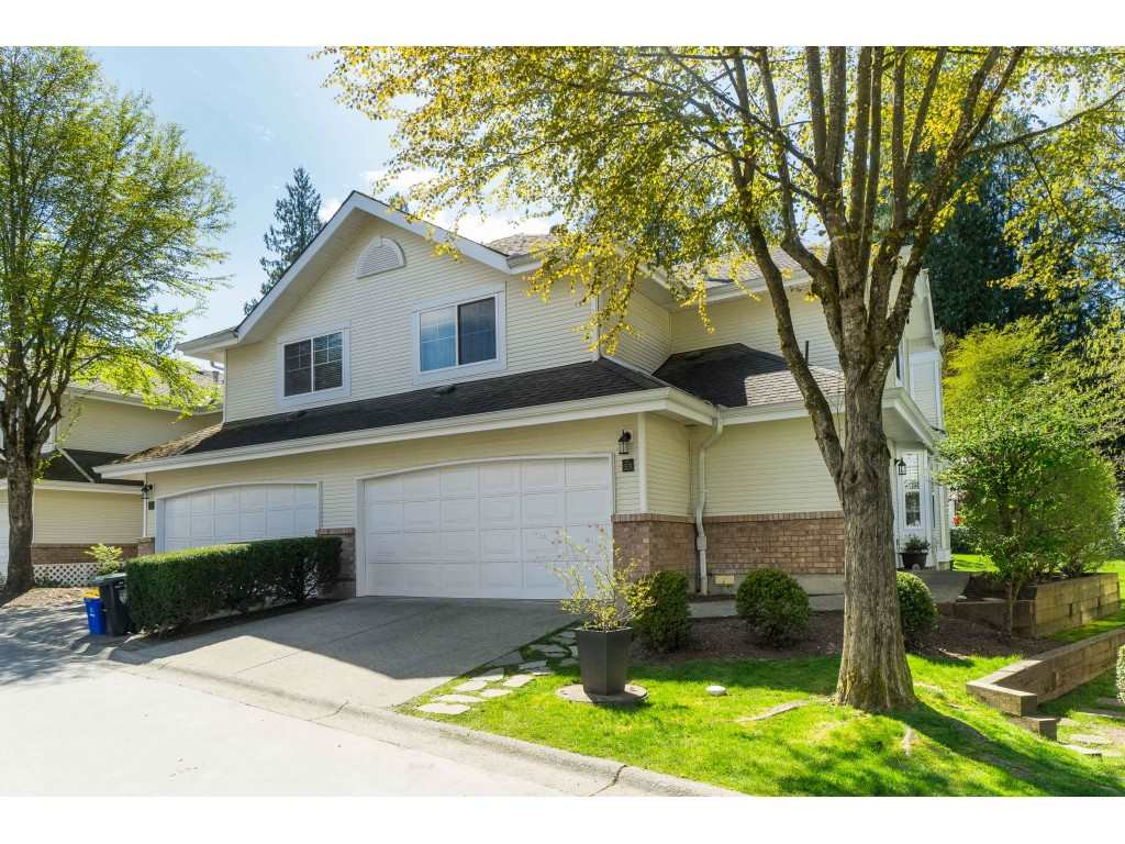 Walnut Grove Townhouse for sale:  3 bedroom 2,359 sq.ft. (Listed 2020-05-29)