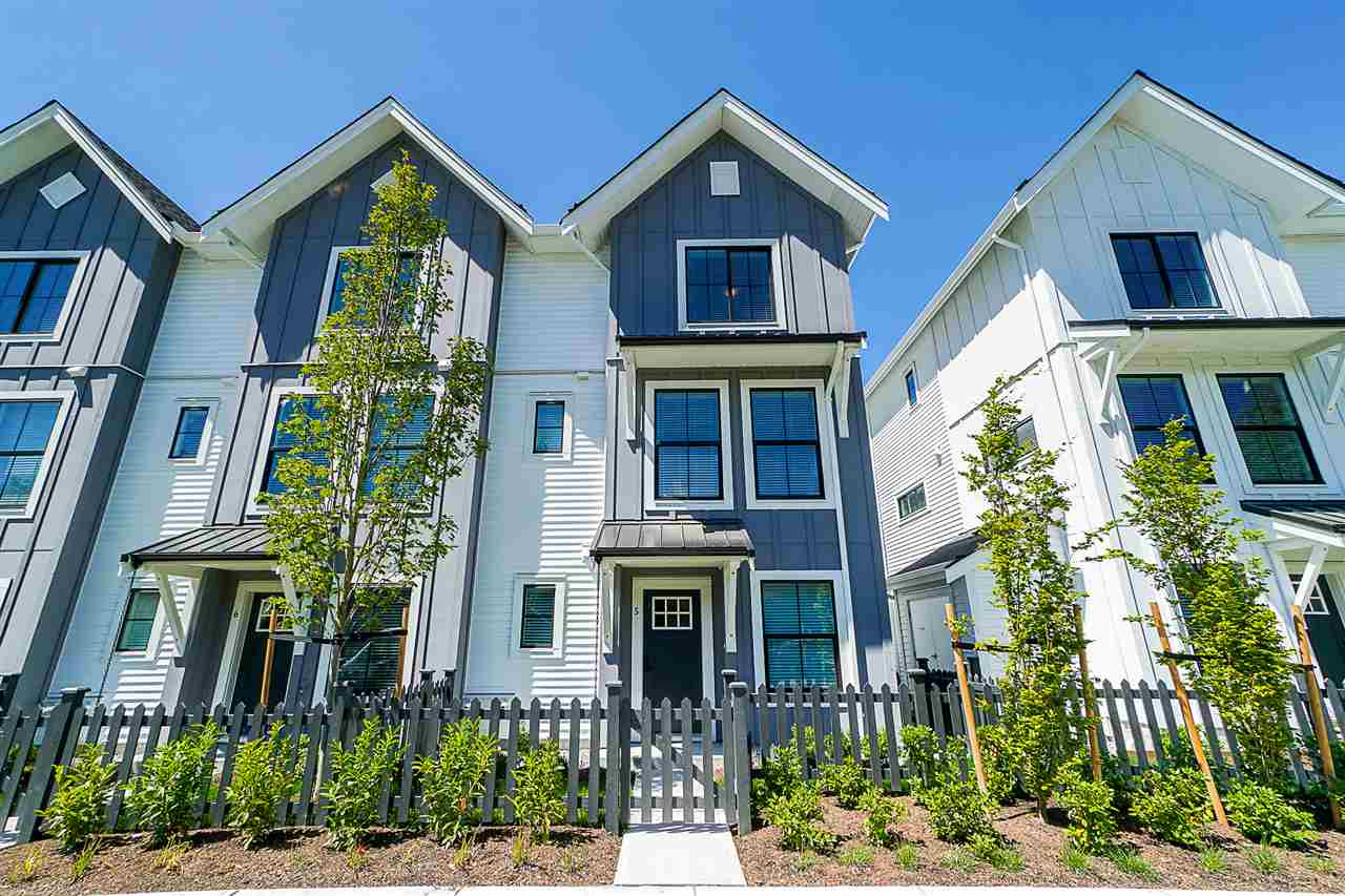 Cloverdale BC Townhouse for sale:  3 bedroom 1,392 sq.ft. (Listed 2020-05-04)