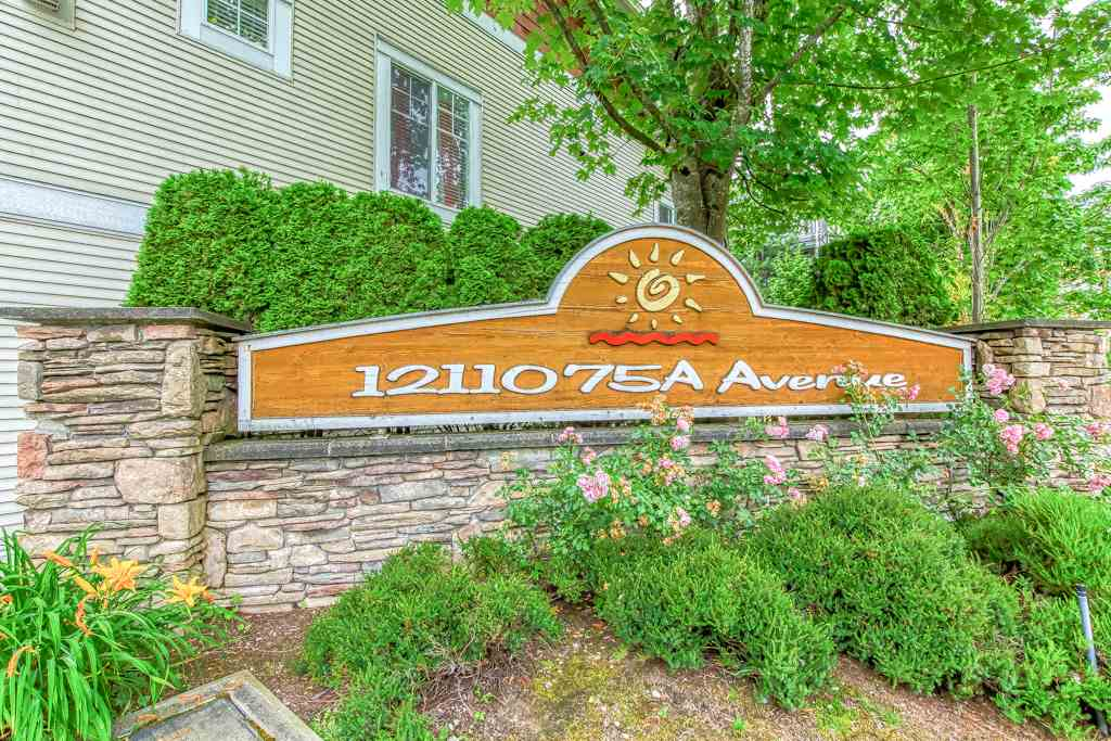 West Newton Townhouse for sale:  3 bedroom 1,930 sq.ft. (Listed 2020-07-28)