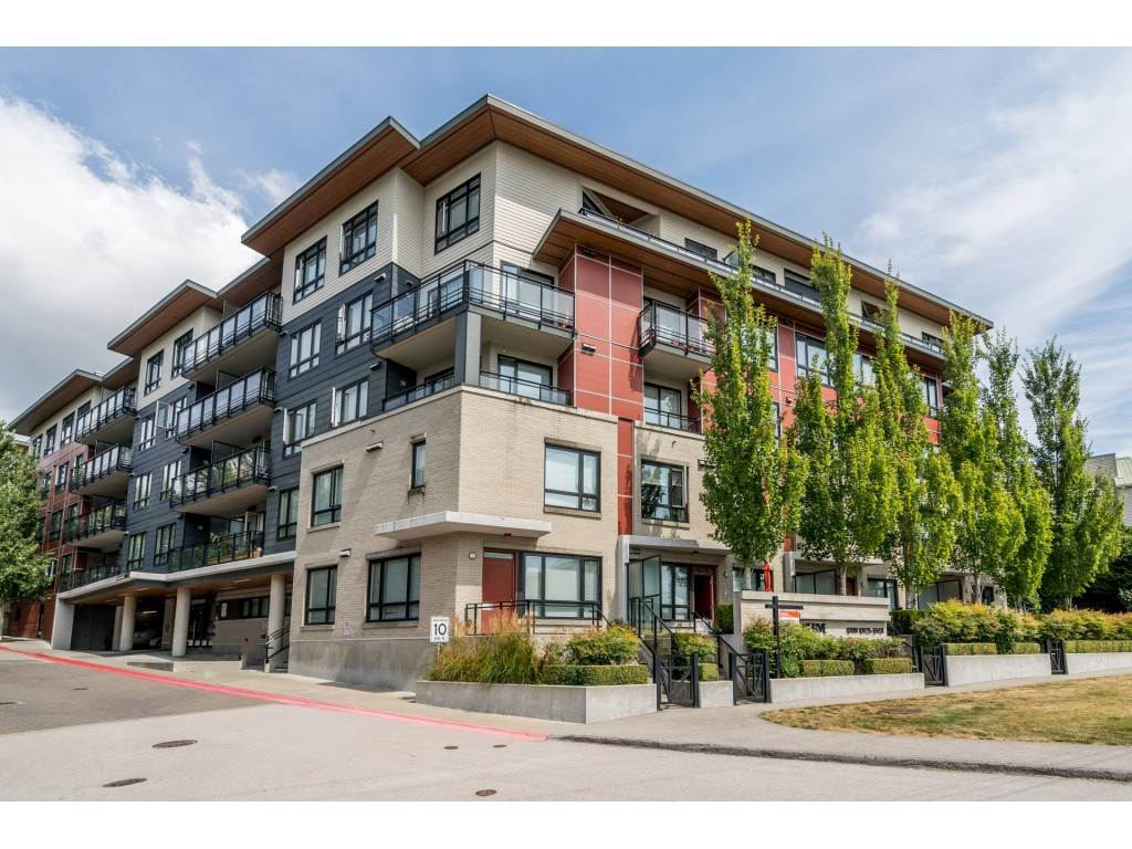 Whalley Apartment/Condo for sale:  2 bedroom 979 sq.ft. (Listed 2020-08-10)