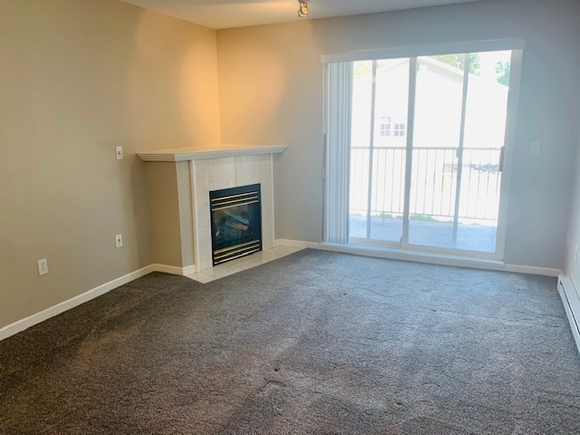 King George Corridor Apartment/Condo for sale:  2 bedroom 1,066 sq.ft. (Listed 2020-09-18)