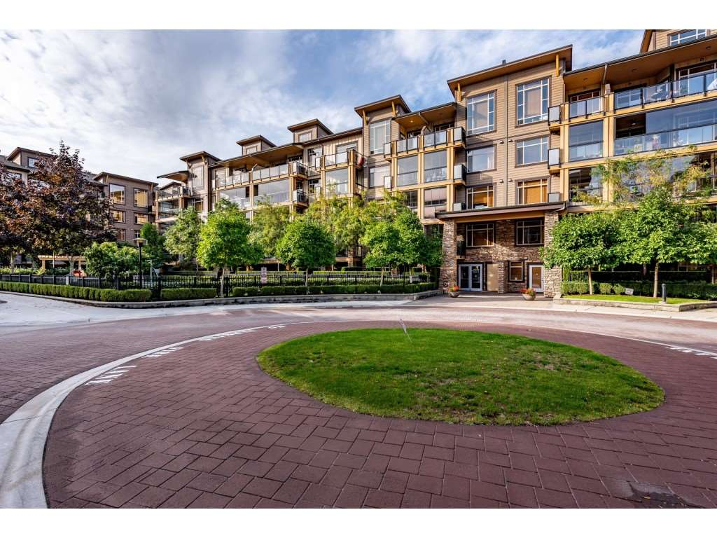 Willoughby Heights Apartment/Condo for sale:  2 bedroom 1,028 sq.ft. (Listed 2020-09-23)