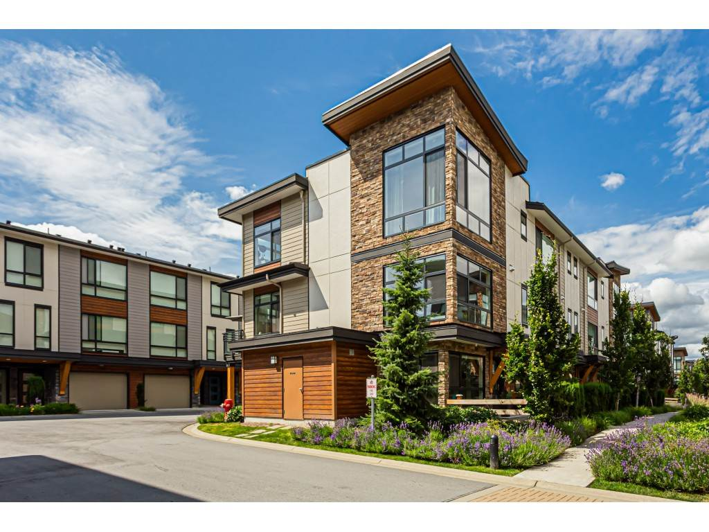 Cloverdale BC Townhouse for sale:  3 bedroom 1,663 sq.ft. (Listed 2021-04-09)