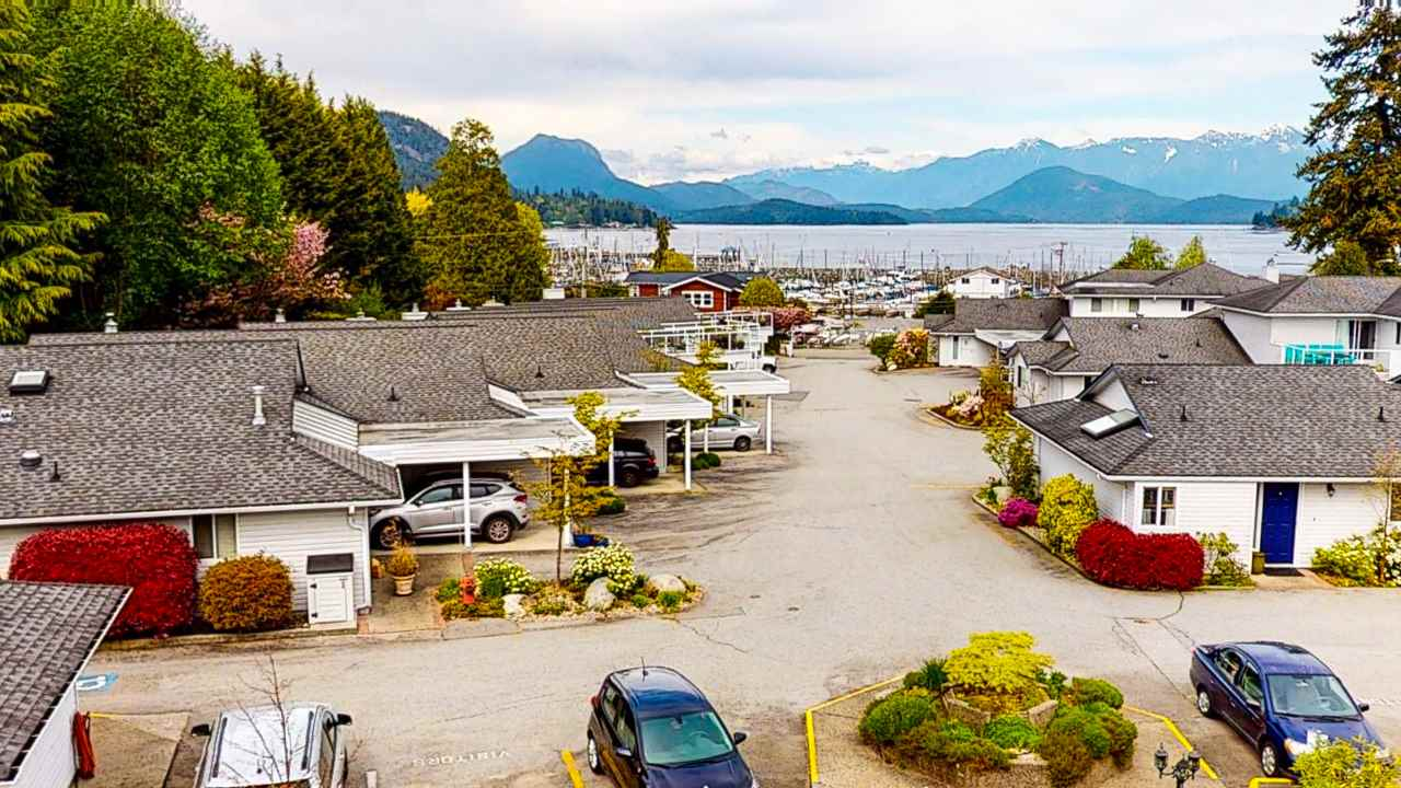 Gibsons & Area Townhouse for sale:  2 bedroom 1,304 sq.ft. (Listed 2020-05-05)
