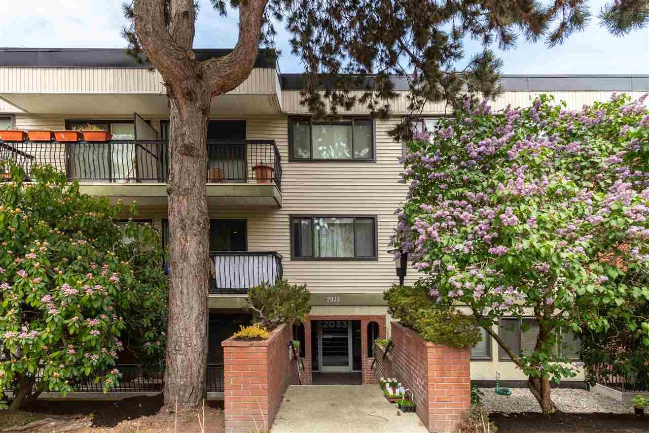 Kitsilano Apartment/Condo for sale:  2 bedroom 604 sq.ft. (Listed 2020-05-19)