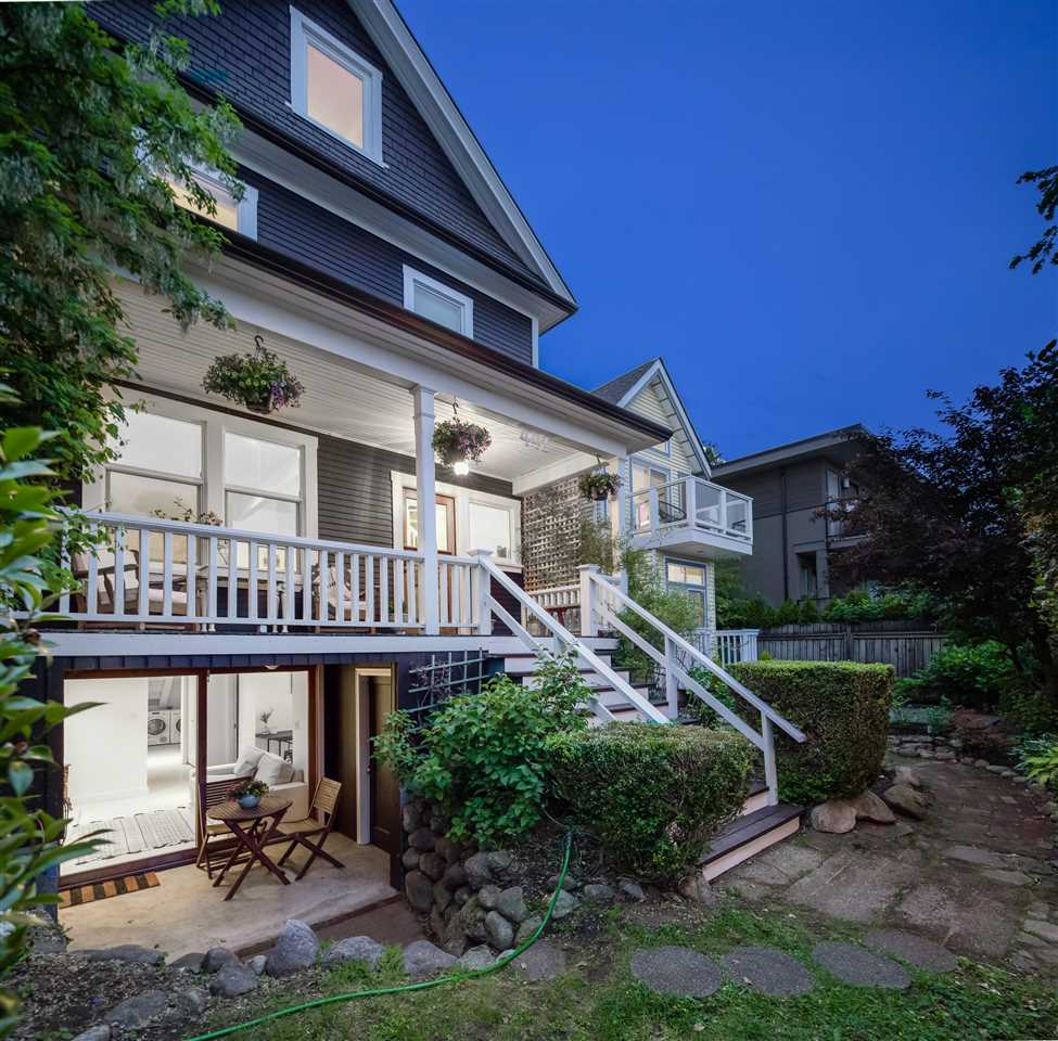 Lower Lonsdale House/Single Family for sale:  5 bedroom 2,652 sq.ft. (Listed 2020-06-02)