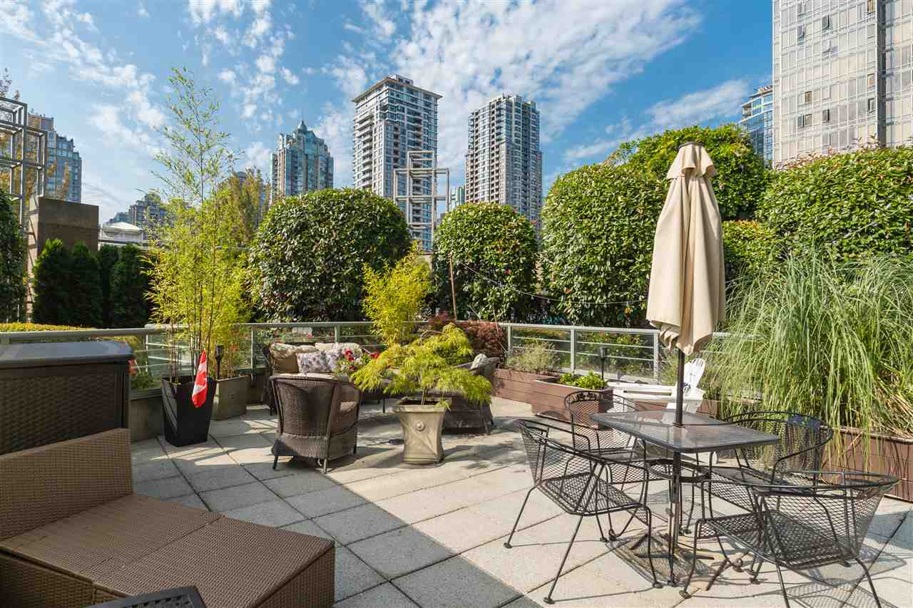 Yaletown Apartment/Condo for sale:  1 bedroom 730 sq.ft. (Listed 2020-08-09)