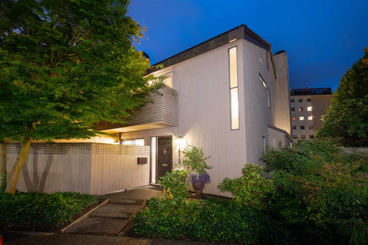 Ambleside Townhouse for sale:  2 bedroom 1,884 sq.ft. (Listed 2020-08-25)