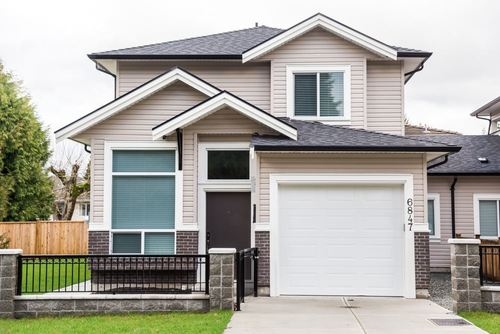 Metrotown 1/2 Duplex for sale:  5 bedroom 1,991 sq.ft. (Listed 2020-09-08)