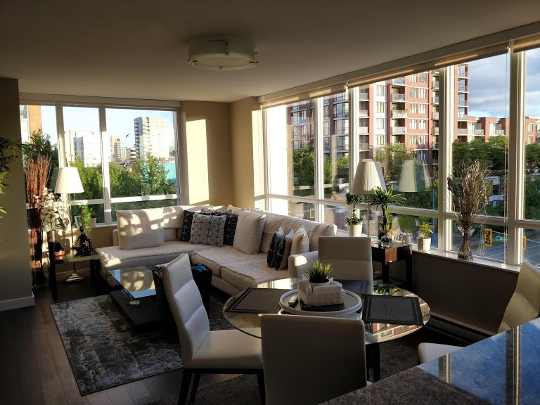 Brighouse Apartment/Condo for sale:  3 bedroom 1,277 sq.ft. (Listed 2020-09-18)