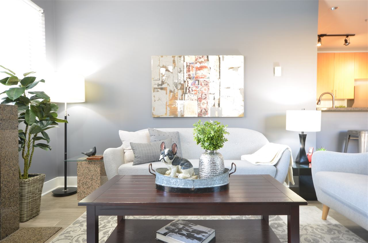 Kitsilano Apartment/Condo for sale:  2 bedroom 820 sq.ft. (Listed 2020-09-22)