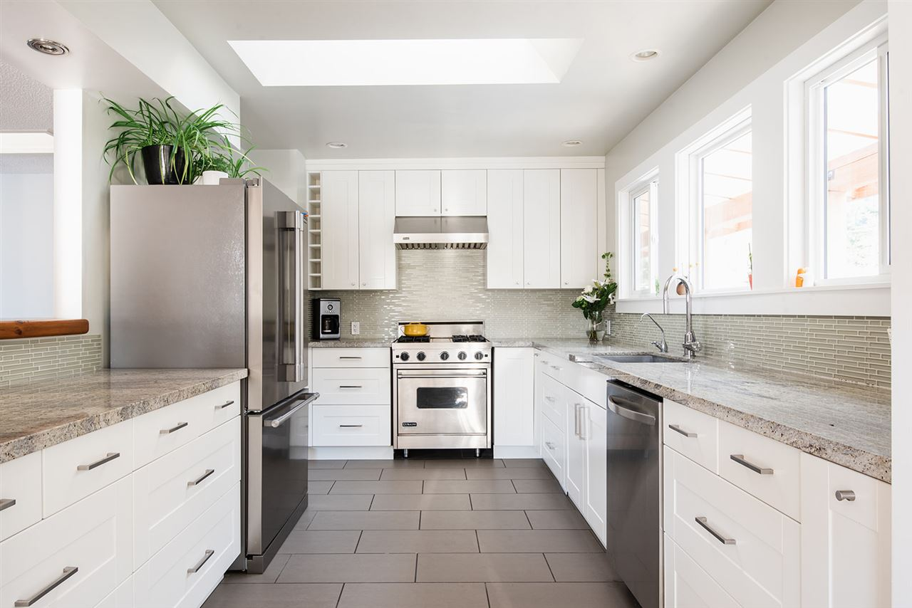 Valleycliffe House/Single Family for sale:  3 bedroom 1,938 sq.ft. (Listed 2020-11-18)