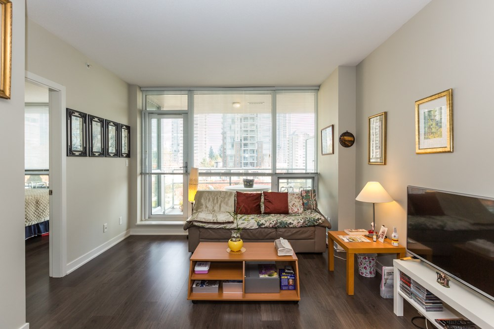North Coquitlam Apartment/Condo for sale:  2 bedroom 700 sq.ft. (Listed 2021-01-11)