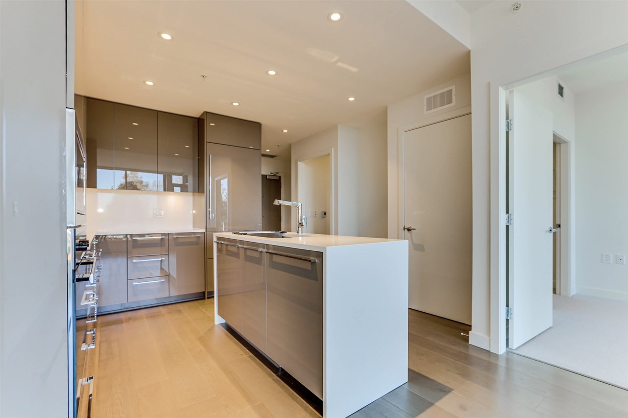 Cambie Apartment/Condo for sale:  2 bedroom 915 sq.ft. (Listed 2021-02-06)