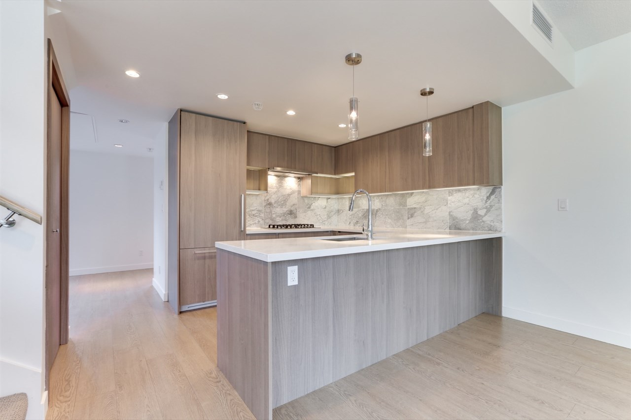 Metrotown Townhouse for sale:  3 bedroom 1,685 sq.ft. (Listed 2021-03-21)