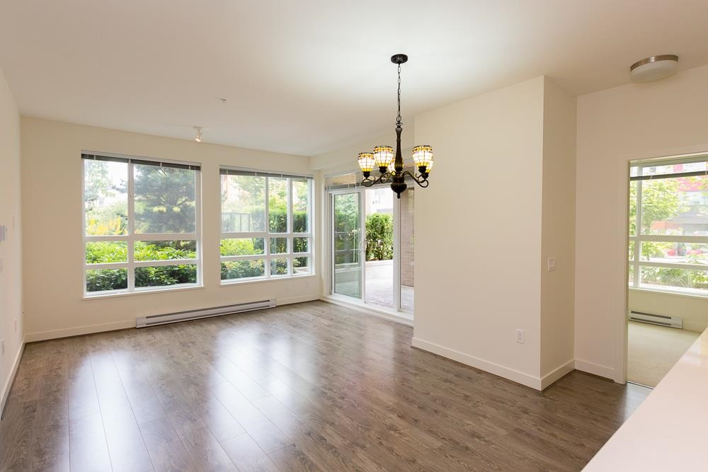 University VW Apartment/Condo for sale:  3 bedroom 1,011 sq.ft. (Listed 2021-06-03)