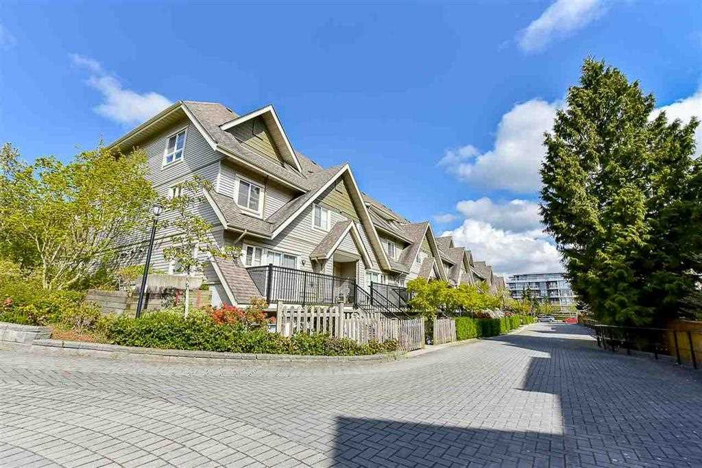 McLennan North Townhouse for sale:  1 bedroom 550 sq.ft. (Listed 2021-06-14)