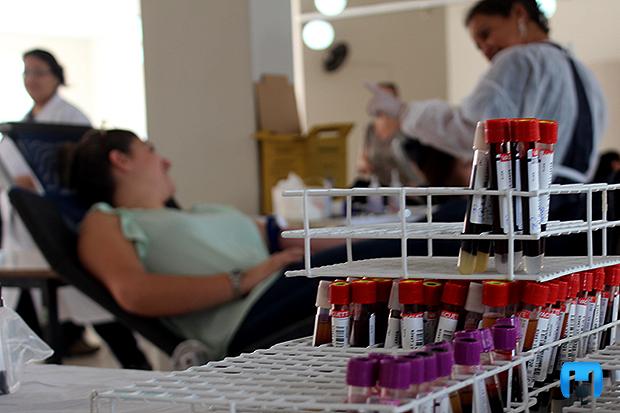 Doação de sangue-1486146567