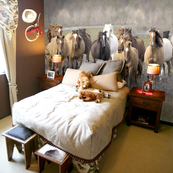 wild horse mural in bedroom