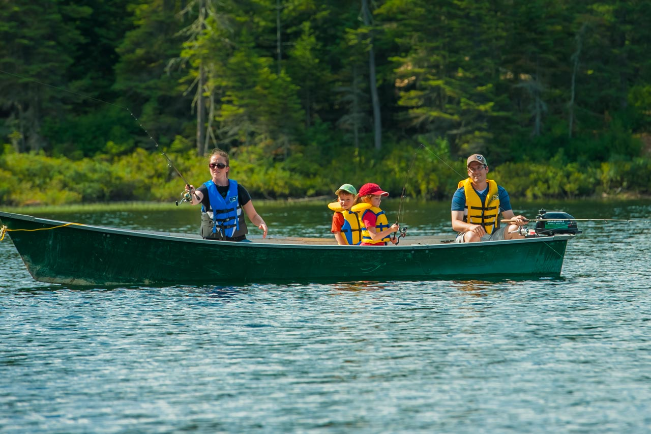 Fishing dream cabins and lakes in quebec s paq for Fishing in quebec