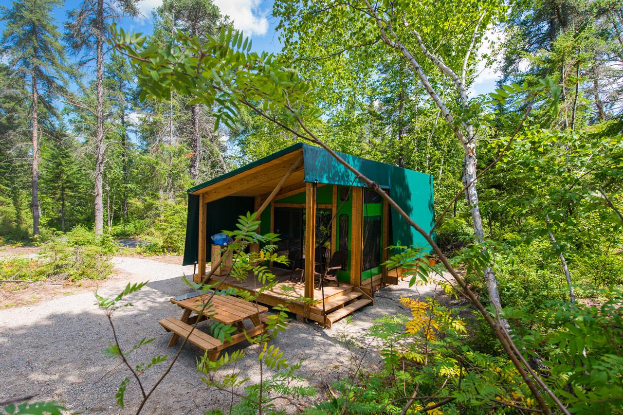Pr t camper camping s paq for Teichfass anlegen
