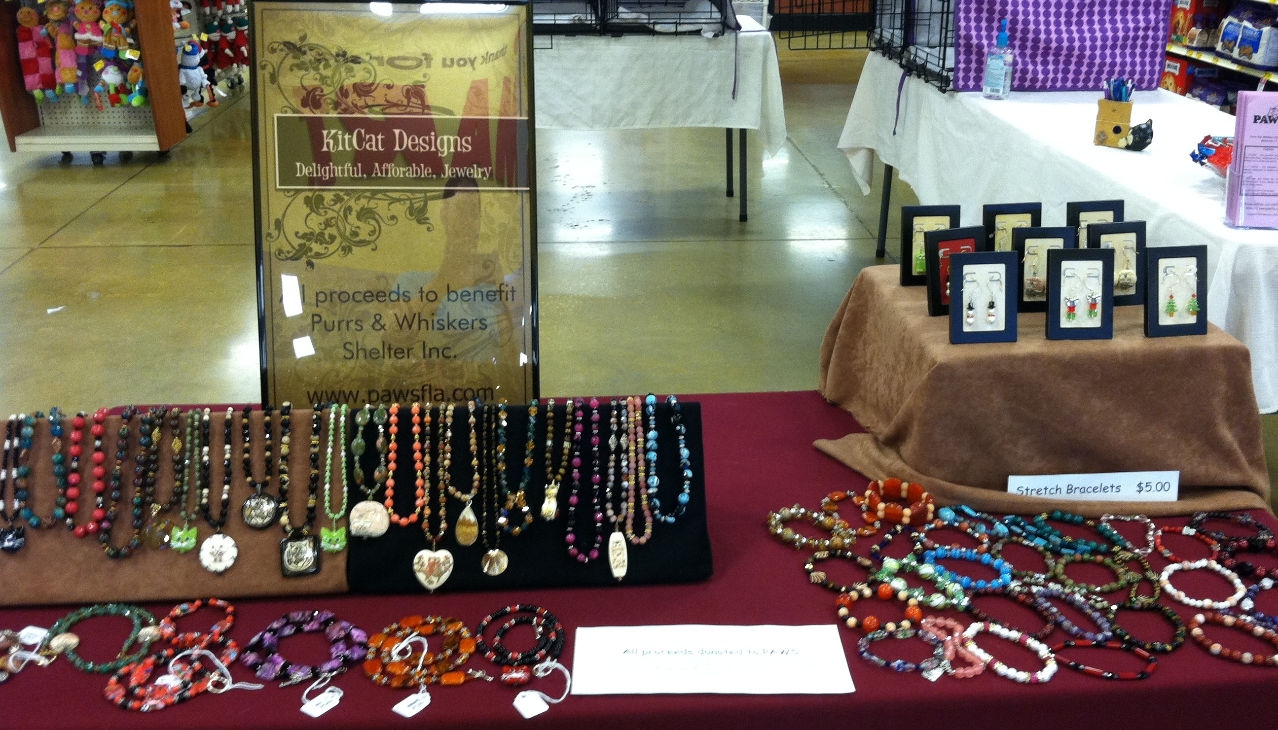 PAWS Jewelry Table